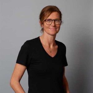 Dr Julia DELOMEZ